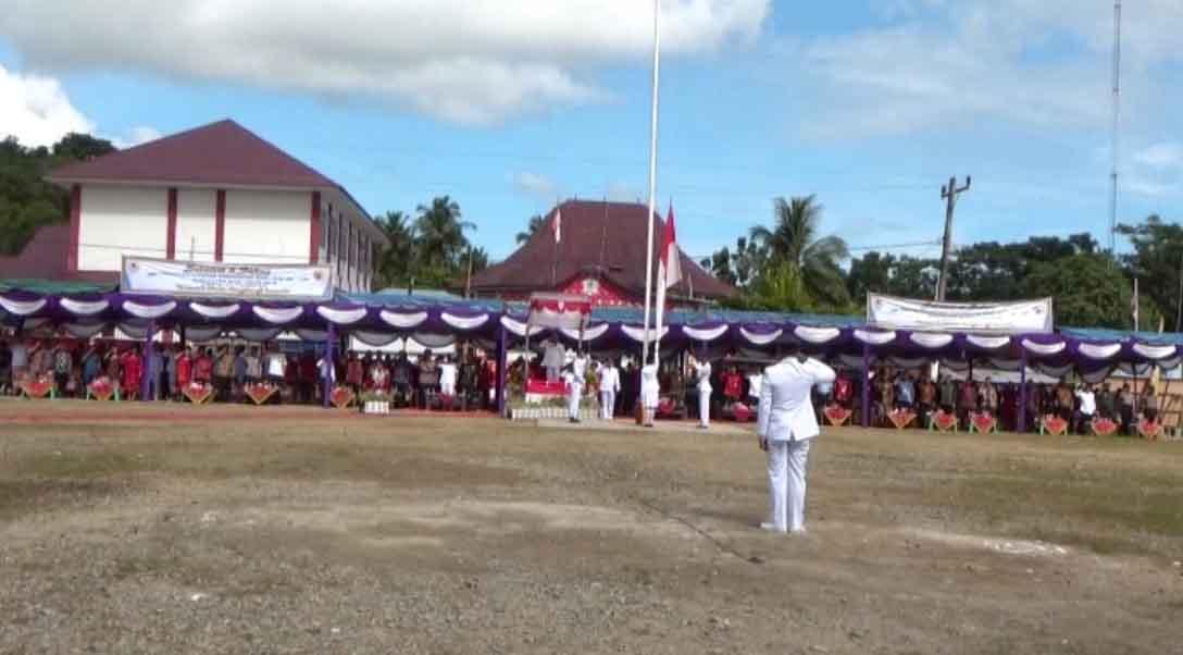 Pengibaran Bendera Pada Acara Peringatan Hari Jadi Kabupaten Nias Ke-149 Tahun 2019
