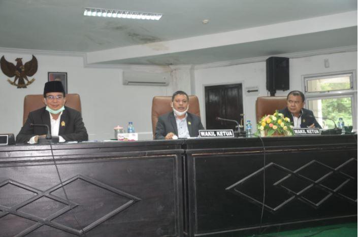 Rapat Paripurna Istimewa DPRD Kabupaten Nias, dihadiri oleh Bupati Nias